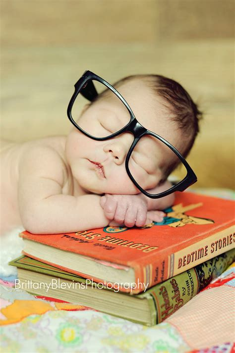 infant picture books fail chic baby fail