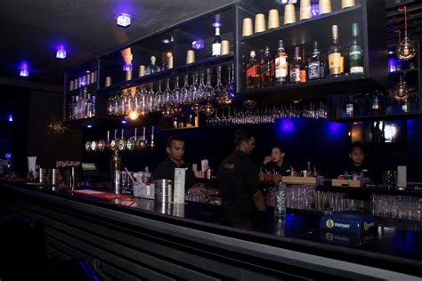 Difference Between Bar And Bar What Is The Difference Between A Bar And Pub Bodega