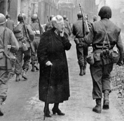wann endete der 2 weltkrieg in deutschland 1945 die deutschen und das ende des weltkriegs welt