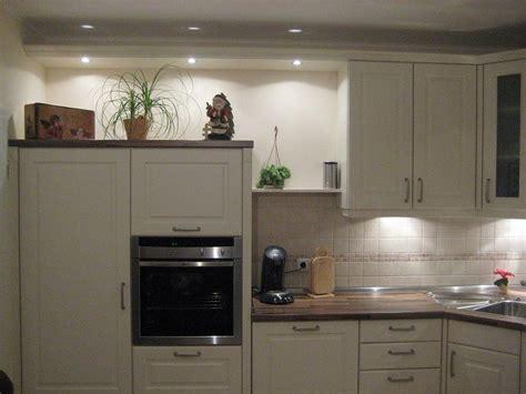 küchen im landhausstil günstig aufbauanleitung bett hercules