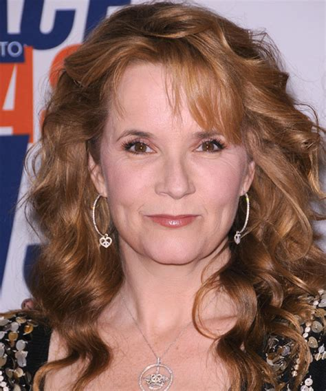 Makeup House Of Lea lea thompson wavy formal hairstyle with side swept