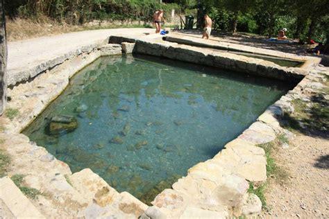 terme di san casciano bagni le vasche termali di san casciano dei bagni i