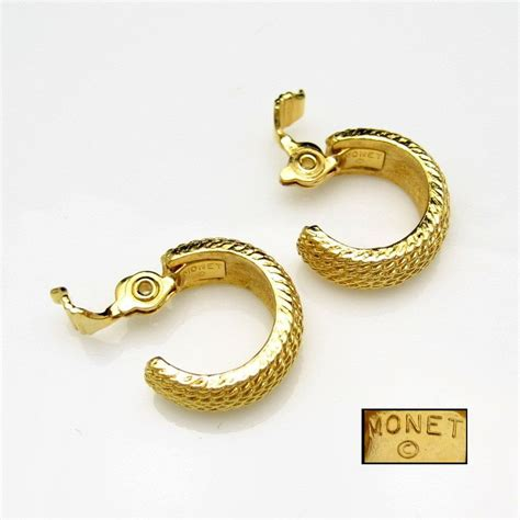 Monet Earring monet vintage ribbed goldtone huggie hoop earrings