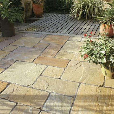 pavimenti in legno per esterni economici pavimenti esterni giardino qw24 187 regardsdefemmes