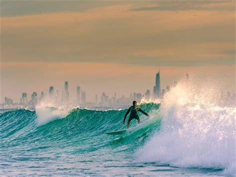 Surfing Gold Coast by The Gold Coast Vacations Book The Gold Coast 2017 2018