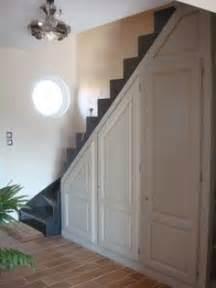 placard sous les escaliers sur sous les