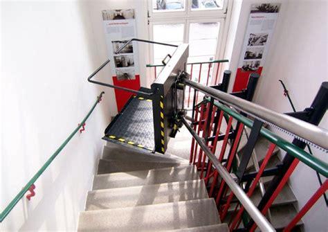 pedane mobili per scale servoscale per disabili montascale a piattaforma per