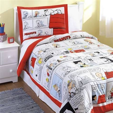 peanuts snoopy charlie brown comic bedding by peanuts