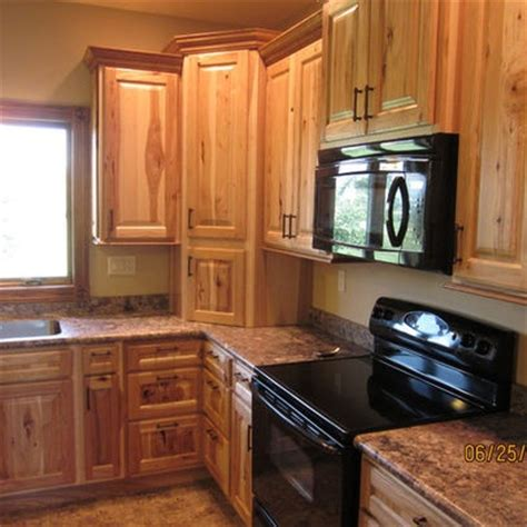natural hickory kitchen cabinets best 25 rustic hickory cabinets ideas on pinterest