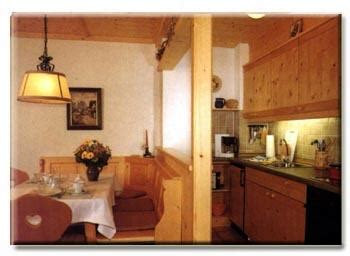 was gehört in eine küche ferienwohnung am klosteranger benediktbeuern