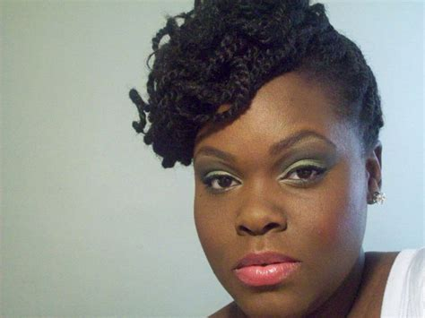 short natural hairstyles for square face top portion great for height and softening a square and