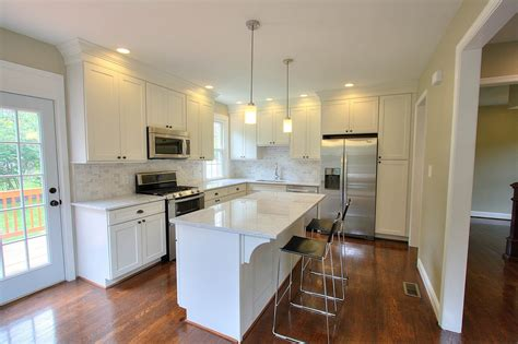 remodeled kitchens with painted cabinets shaker white painted cabinets kitchen remodel ideas