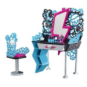 Monster high toys frankie s vanity playset at toystop