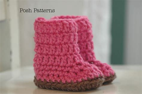 Easy Free crochet pattern easy baby boots slippers 2 sizes