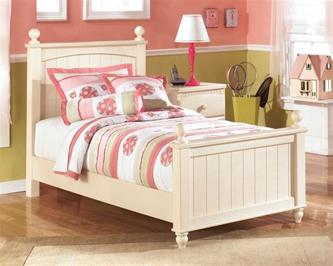 cottage retreat bedroom set cottage retreat youth poster bedroom set from ashley b213