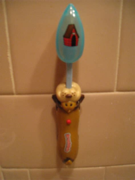 Pillow Pets Toothbrush by January 2014 Parents Play