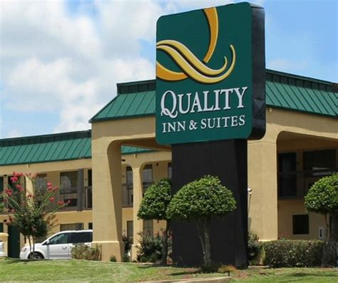 quality inns and suites room picture of quality inn suites