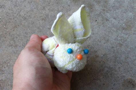 tutorial towel origami easter bunny towel origami online video tutorial http