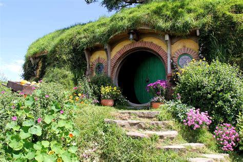 hobbiton  set greenroofscom