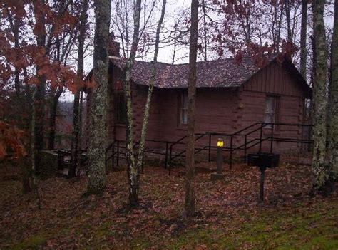 cumberland falls cottages two story two bedroom front of cabin picture of