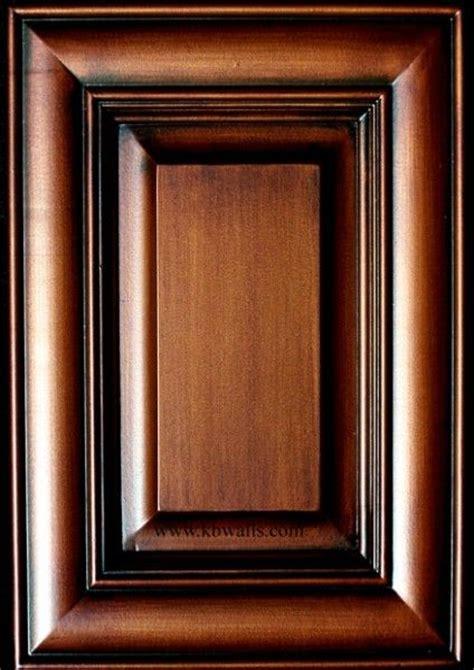 Staining Kitchen Cabinet Doors Best 20 Glazing Cabinets Ideas On Pinterest Refinished Kitchen Cabinets Glazed Kitchen
