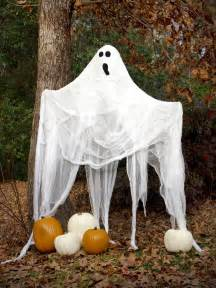 Halloween Yard Decorating Halloween Ghost Decorations How To Make A Ghost Hgtv