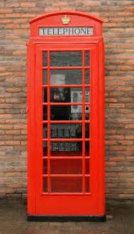 the green phone booth mindful cee s foto challenge telephone booths albatz travel