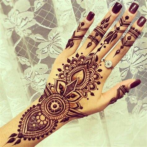 where do you get a henna tattoo intricately beautiful henna designs 23 photos mehendi