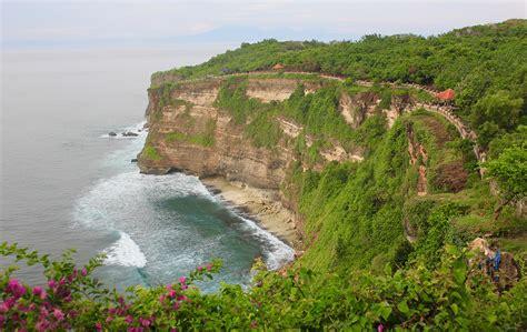 places  visit  bali    beach