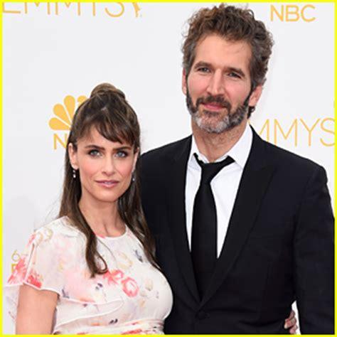Amanda Peet And Husband Welcome Baby by Amanda Peet Is Debuts Baby Bump At Emmys 2014