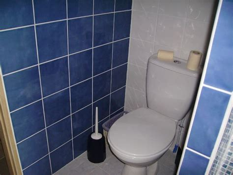 carrelage salle de bain bleu marine