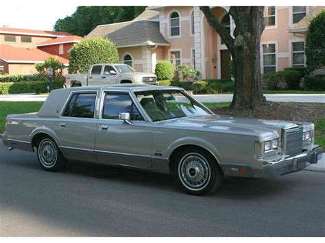 1987 lincoln town car for sale classiccars cc 658180