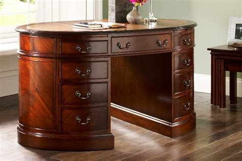 why should you get mahogany furniture pickndecor