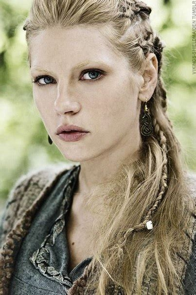 history channel vikings women hairstyles lagertha vikings the ultimate shieldmaiden krcr