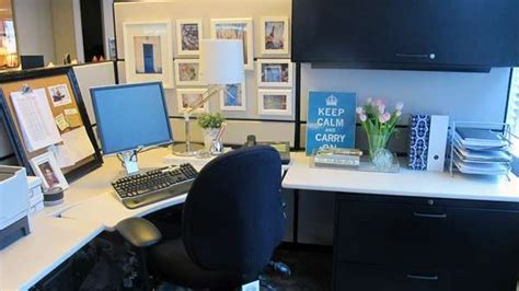 chic cubicle decor on pinterest cubicle makeover 99 best images about diy chic office cubicle crafts decor