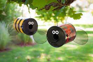 Honey Bee Home Decor Diy Bird Feeders Projects To Do With Kids
