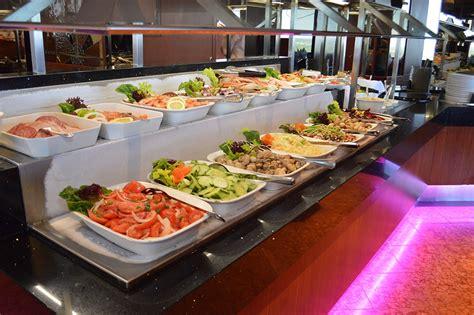 skylon tower summit suite buffet niagara falls dining
