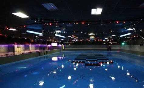 Cabin Rink Hours by Stardust Skate Center Sarasota Fl Top Tips Before You