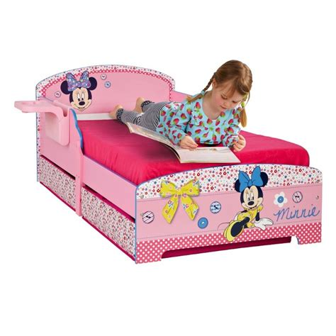 chambre mickey bébé les 30 meilleures images du tableau chambre enfant mickey