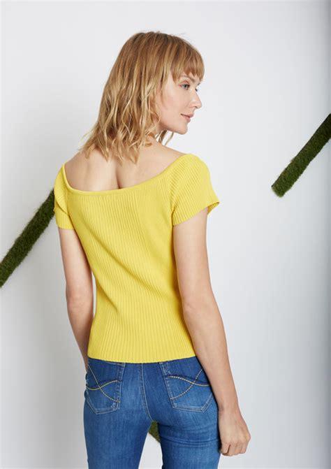 Monkey Yellow Top Knit yellow knit top