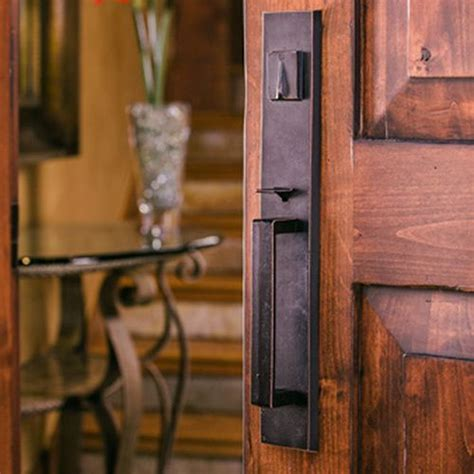 Vintage Front Door Handles 1000 Ideas About Craftsman Window Trim On Craftsman Windows Window Trims And Craftsman