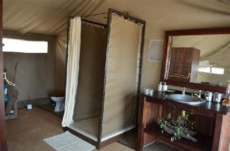 outdoor shower for cing cing bathroom tent 28 images yurts with bathrooms