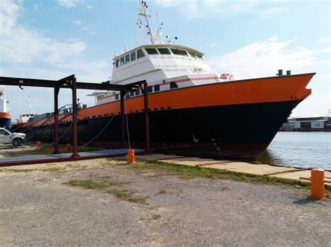 fast supply boats for sale 195 8100 hp offshore crew fast supply vessel fsv for