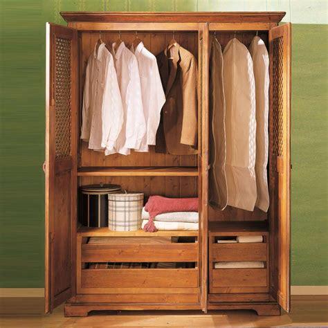 armarios rusticos armario r 250 stico de madera en tres puertas ecor 250 stico