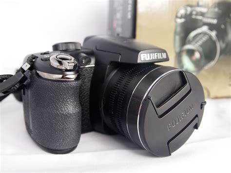 Fujifilm Finepix S4900 the fujifilm finepix s4900 the prince