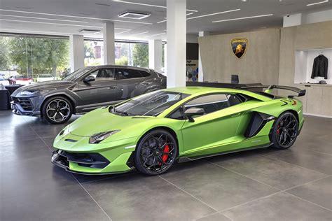 Lamborghini Bologna by Anteprima Nazionale Lamborghini Aventador Svj