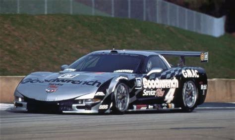 corvette   built  compete   american lemans