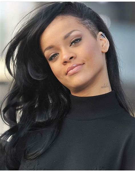 rihanna underboob tattoo best 25 rihanna neck ideas on rihanna