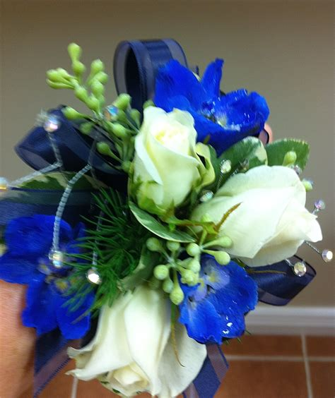 corsages and boutonnieres for prom prom corsages and boutonnieres floral studio