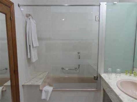 hostal hernan cortes hernan cortes hotel gij 243 n espagne voir les tarifs 13